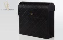 Berglund tillverkar lyxig designpostlåda för Garden Glory