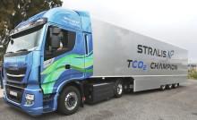 """IVECO Stralis NP kører gennem Europa fra Lissabon til Sankt Petersborg med """"Blue Сorridor 2017: Iberia - Baltia"""" projektet til støtte for naturgas"""