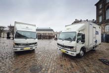 De første elektriske lastbiler til danske kunder er nu i drift