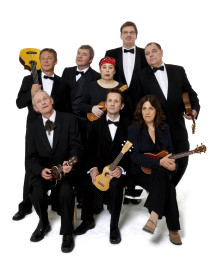 The Ukulele Orchestra of Great Britain – 30 Plucking Years på Palladium Malmö 4 mars