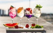 Scandic lopettaa kertakäyttöisten muovipillien ja cocktail-tikkujen käytön kaikissa hotelleissaan