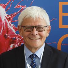 """Interview: Dr. Georg Ralle über Symposium """"Die Neuvermessung der Onkologie"""""""