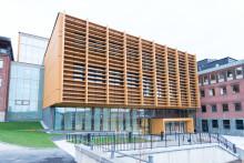 1 200 utbildningsplatser och helt nya forskartjänster – Södertälje Science Park invigs i närvaro av ministern för högre utbildning och forskning