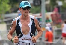 Triathlet Adriel Young pratar träning, power och KICKR.