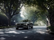 Carmakers challenged to follow Volvo's lead as it earns another safety accolade