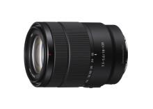 Sony ajoute à sa gamme d'objectifs de type E un objectif zoom APS-C 18-135 mm F3.5-5.6 haute qualité à fort taux d'agrandissement