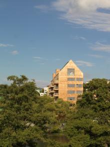 Bostadsminister Stefan Attefall inviger världens första höghus helt i trä i Sundbyberg