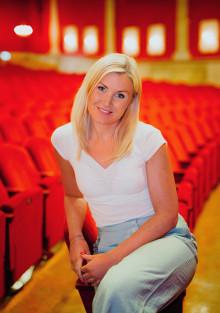 """Elisa Lindström: """"Jag längtar till premiären av Sound of Music!"""" Premiär på fredag - Nöjesteatern i Malmö"""