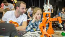 Talentenfabriek | Met Haai!TECH ontdekken jongeren wetenschappen en techniek