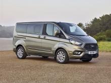 Az új Ford Tourneo Custom kisbusz az üzleti és a magánéletben egyaránt páratlan kényelmet kínál