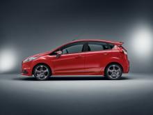 Nu släpps nya femdörrars Ford Fiesta ST i Europa