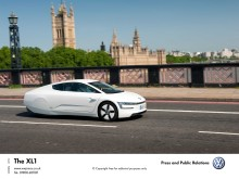 First UK customers prepare for the arrival of VW's XL1 supercar