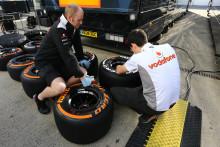 F1-teamen testar Pirellis nya däck på känd mark i Barcelona