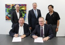 Deutsche Messe Technology Academy and Phoenix Contact agree on international cooperation for Industrie 4.0 employee qualification