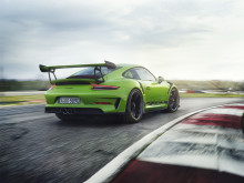 Helt tæt på motorsporten – den nye Porsche 911 GT3 RS