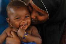 Barnadödligheten minskar i världen