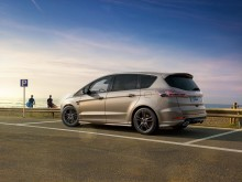 Ford fornyer familiefavoritterne S-MAX og Galaxy