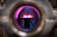 Plasmaelektroner kan användas för att göra metallfilmer