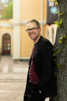 Måns lagerlöf blir ny teaterchef på Riksteatern