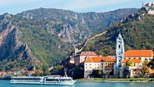 Petter Nomes Tsjekkia; Ekstralugar på Donau; Invitasjon til fransk aften