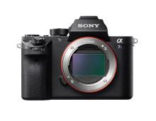 Sony α7S II tallentaa myös 14 bitin raakatiedostoja