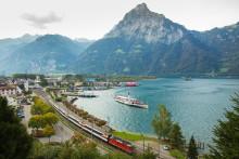 Gotthard Panorama Express: eine einzigartige Panoramareise mit Bahn und Schiff