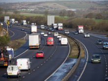 Superspan gantry closure for M1 smart motorway upgrade