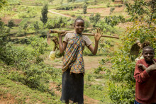 Tusinder har kæmpet sig ud af fattigdom i Rwanda