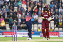 Tom Curran to replace Steven Finn in England's Ashes Test squad