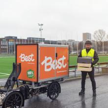 Årstiderna väljer hemleverans med Best Transports lastcyklar för att nå sina klimatmål