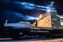 Forskare på väg att driva i Arktis is ett år