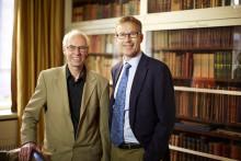 En halv miljon kronor tilldelas två svenska forskare för banbrytande vetenskapliga insatser