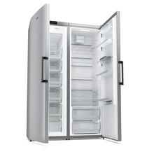 Køleskab og fryser side om side – en perfekt løsning til en stor familie