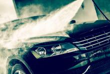 Derfor skal du ikke vaske bilen med varmt vann