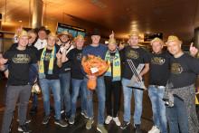 Hatten på - världsmästare Kristoffersson har landat