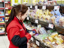 Willys vill minska matsvinnet – skänker mat till välgörenhet
