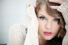 """Taylor Swifts efterlängtade album """"Speak Now"""" släpps imorgon, Taylor till Sverige!"""