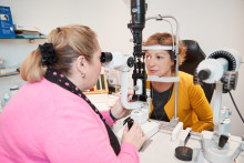 MP backs call for regular eye tests after glaucoma scare
