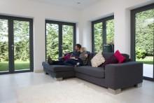 Med självrengörande glas tar naturen hand om fönsterputsningen