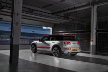Mere kraft og teknik i MINI John Cooper Works Clubman og MINI John Cooper Works Countryman