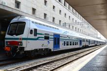 日立がイタリアの鉄道会社トレニタリア社と二階建て車両の追加受注に関する正式契約を締結