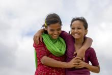 Rohingyakrisen – ett år senare: Flickors vänskap viktig för att klara sig i lägren