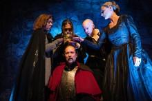 Den blodiga historien om Macbeth  med Romeo & Julia Kören – för barn i Livrustkammaren