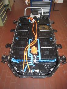 Mitsubishi erster Hersteller mit Reparaturservice für defekte Fahrbatterien