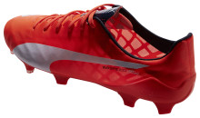 PUMA REVEALS SUPERLIGHT EVOLUTION OF ITS evoSPEED FOOTBALL BOOT