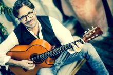 Al Di Meola (US) - World Sinfonia Tour
