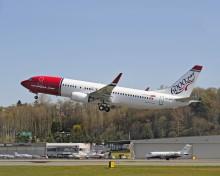 Nytt och mer miljövänligt flygplan landar hos Norwegian