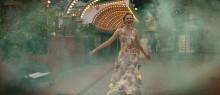 Interflora sponsrar färgsprakande kärleksfilm till Alla hjärtans dag
