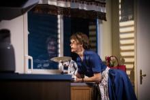 """Premiärkväll för Maria Lundqvist i älskade komedin """"Shirley Valentine"""" på Maximteatern!"""