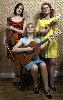 Svenska trion The Loulou Sisters albumdebuterar i höst!